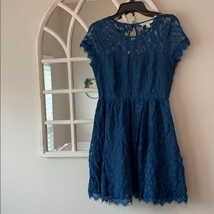 Lauren Conrad 💙 blue lace dress